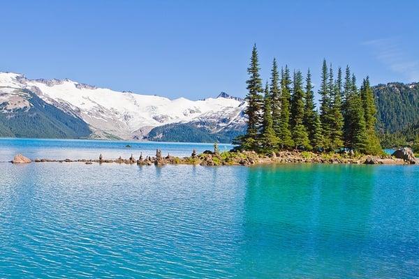 Die-beste-Reisezeit-für-Kanadas-Westküste-fotolia
