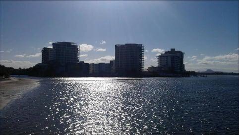 """Maroochydore befindet sich an der berühmten """"Sunshine Coast"""", 104 km von Brisbane entfernt"""