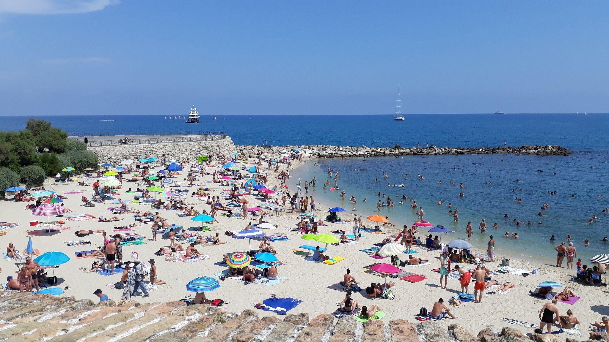 Strand-von-Cannes