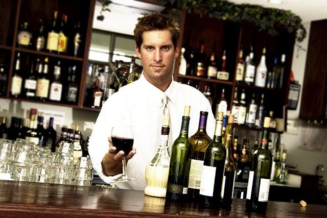 bartender 640x427