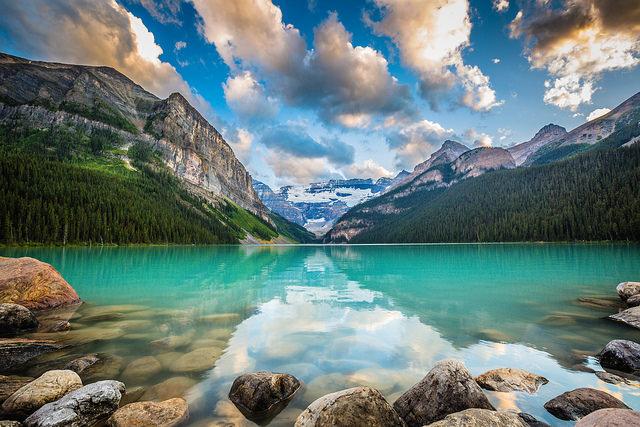 Die-beste-Reisezeit-für-Kanada-fotolia