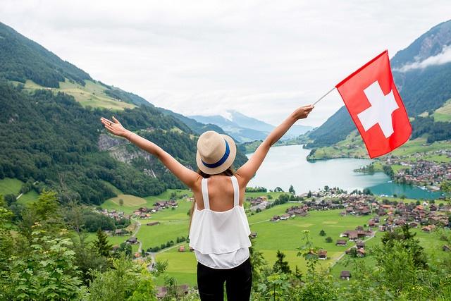 Die-liebsten-Reiseziele-der-Schweizer