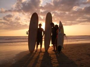 Wellenreiten im Paradies und dabei auch noch Portugiesisch lernen