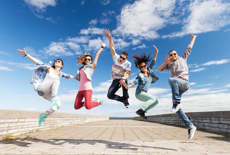 Warum Jugendliche beim Sportcamp schneller Sprachen lernen